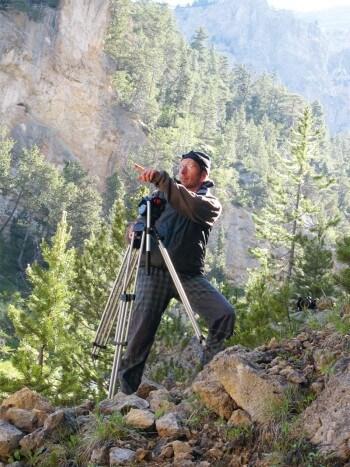 21 juin 2012: quelque part dans les Alpes françaises, le cinéaste Frank Neveu en plein tournage.