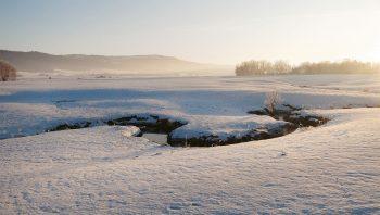 Le froid et le calme règnent dans les vallées d'altitude du Jura neuchâtelois, ici à La Sagne.