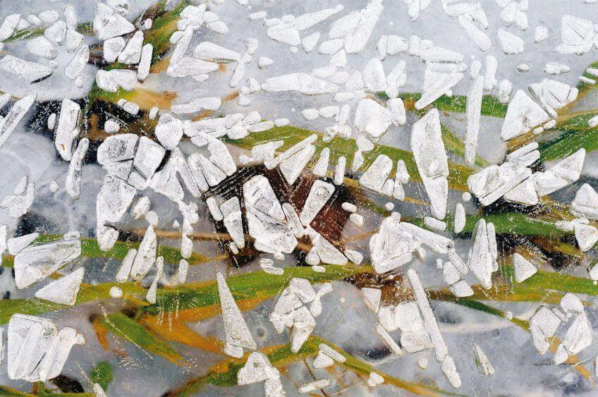 La glace en œuvre d'art abstraite