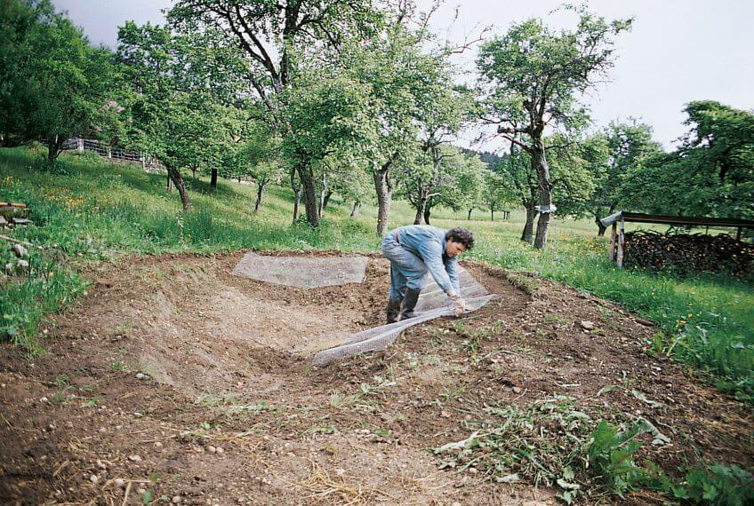 treillis pour protéger la bâche des rongeurs 1998 mare étang