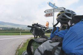 Sur la route entre Gruyères et Genève. / © Jérôme Gremaud