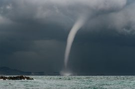 Trombe marine  Golfe de Gêne (Italie), le 23 août 2014 à 10h25. / © Dean Gill